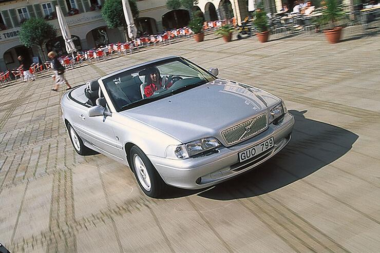 kauftipp volvo c70 cabrio ab euro weicher schwede mit stoffkapuze auto motor und sport. Black Bedroom Furniture Sets. Home Design Ideas