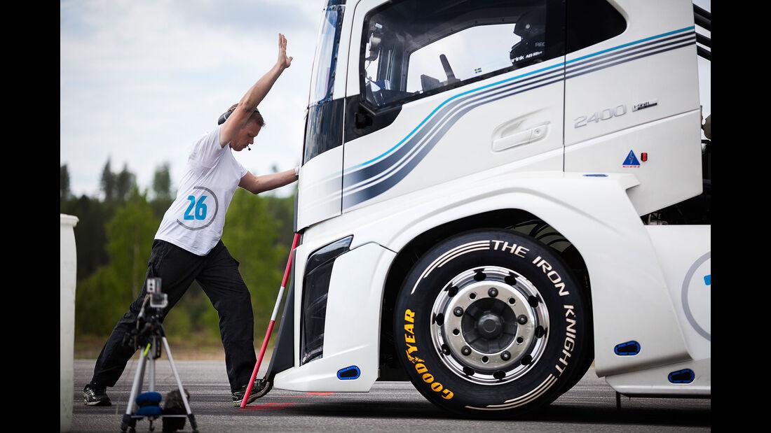 Volvo Race Truck Iron Knight