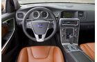 Volvo S60 Cockpit