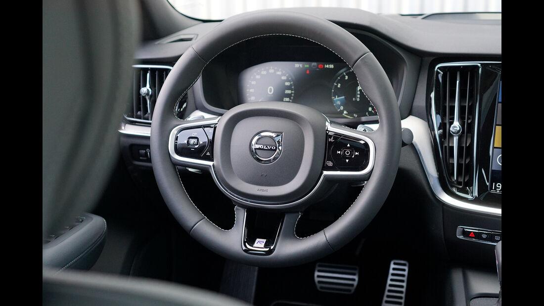 Volvo S60, Interieur