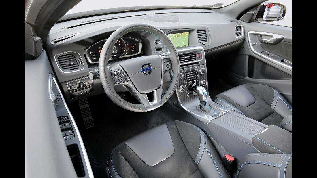 Volvo S60 Polestar, Cockpit