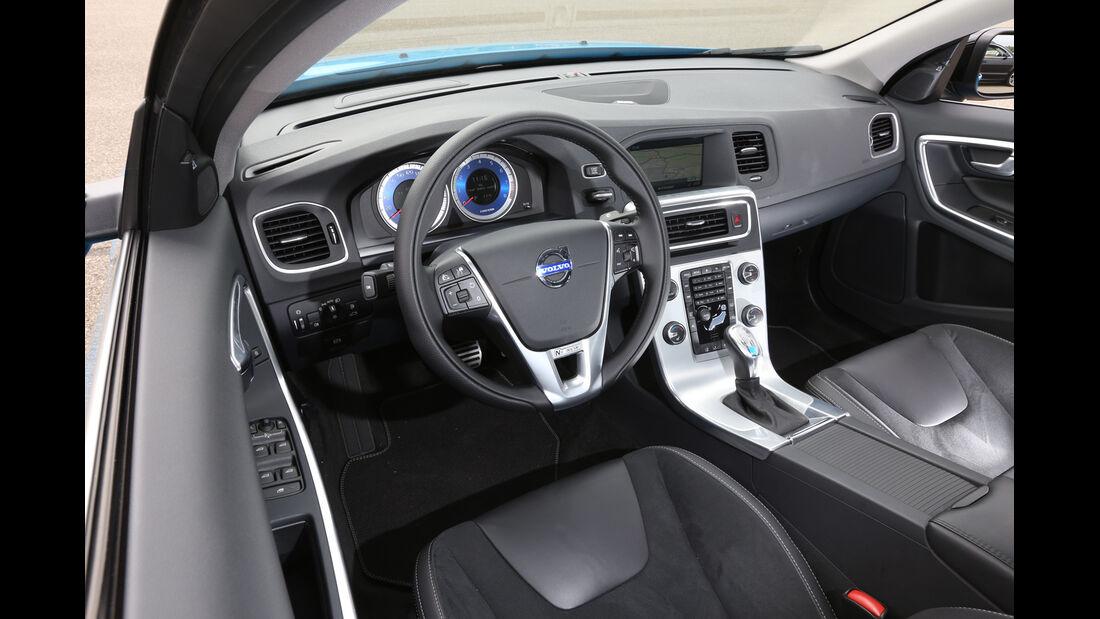 Volvo S60 T6 Polestar, Cockpit