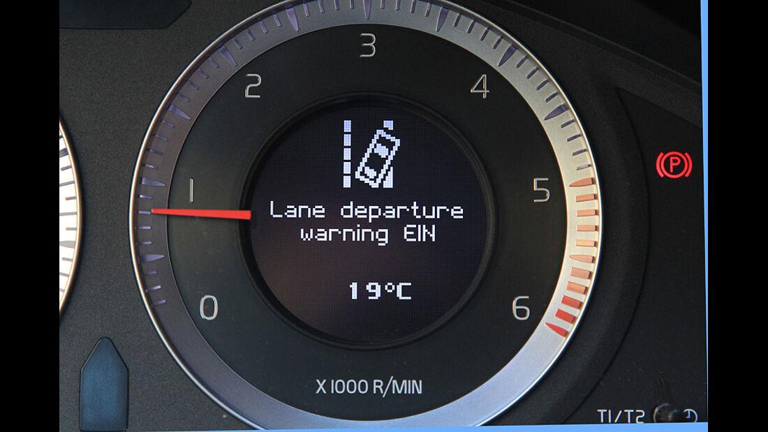 Volvo S60, Tacho