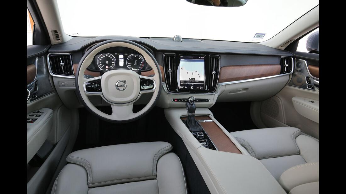 Volvo S90, Cockpit