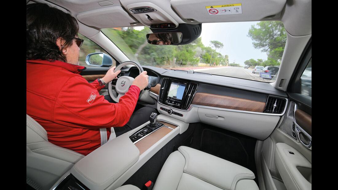 Volvo S90, Cockpit, Fahrersicht