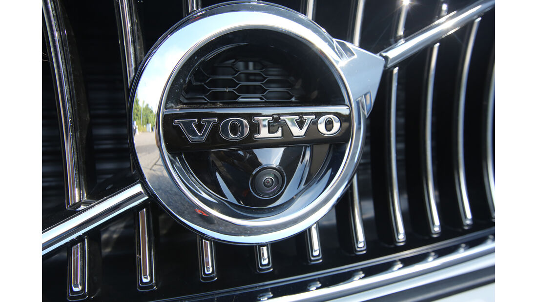 Volvo S90 D5 AWD, Emblem