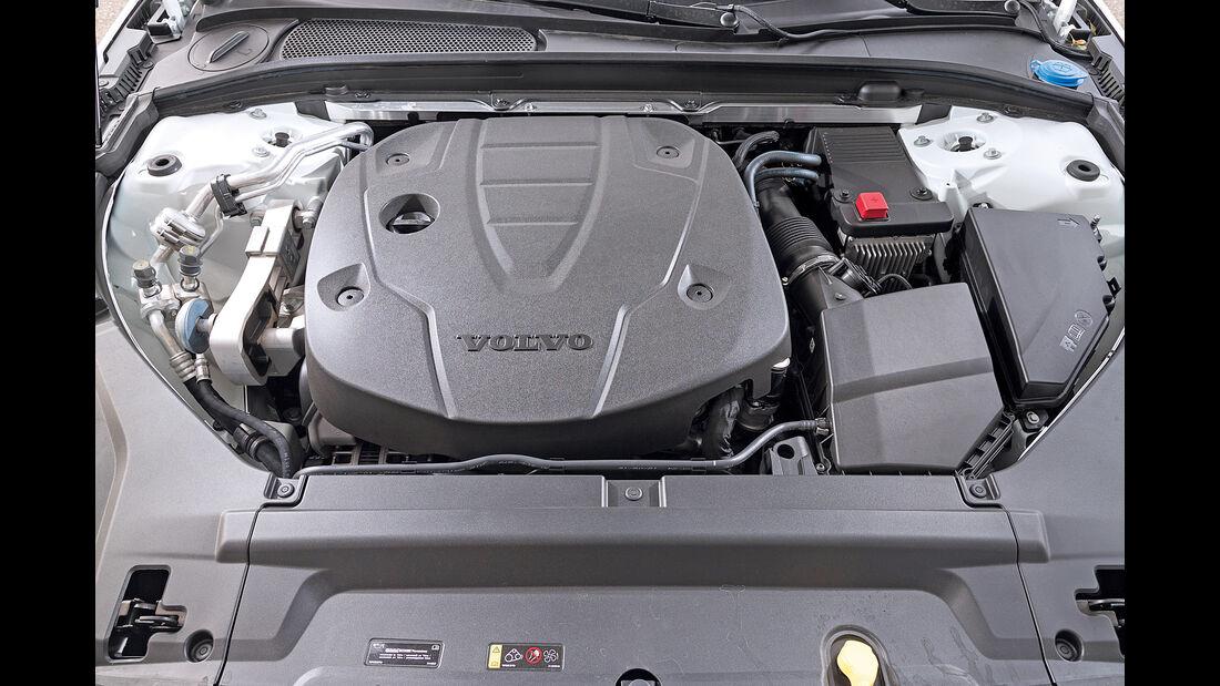 Volvo S90 D5 AWD Inscription, Motor