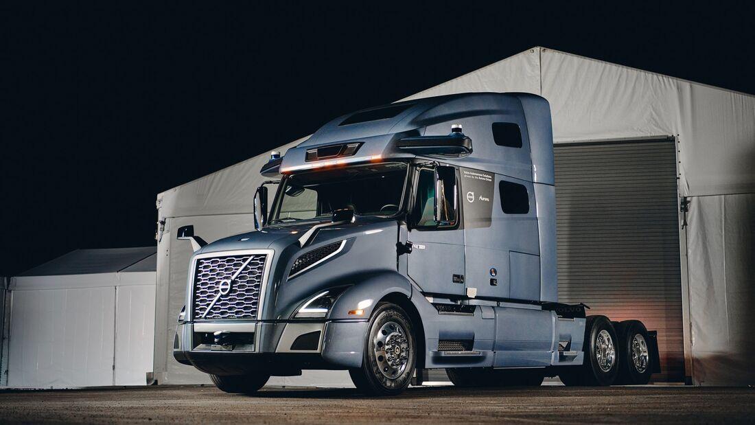 Volvo Trucks USA VNL 760