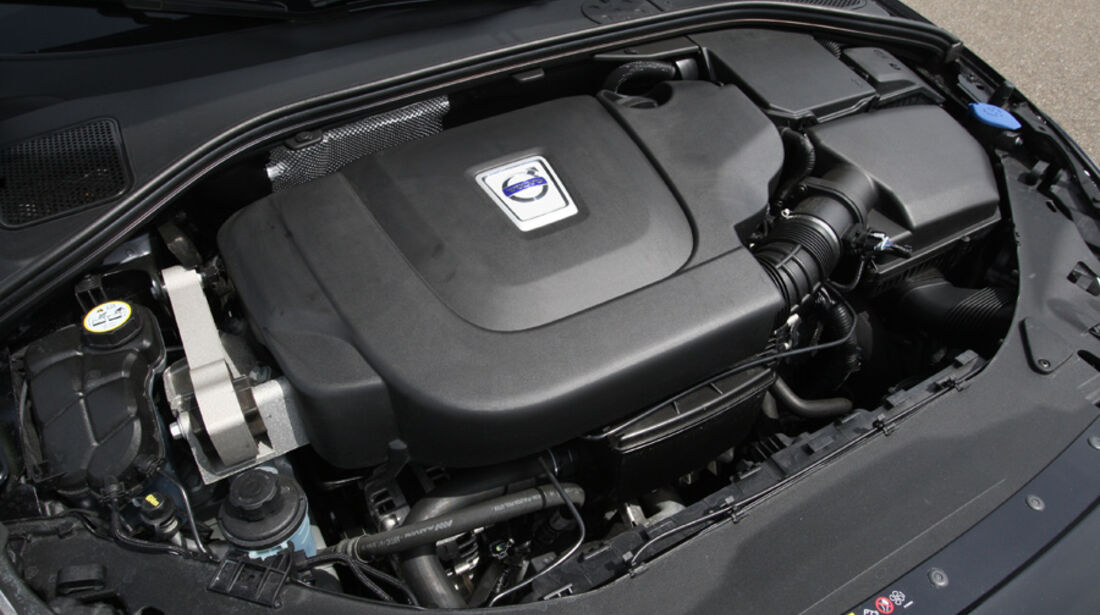 Volvo V 60 D3, Motorraum, Motor