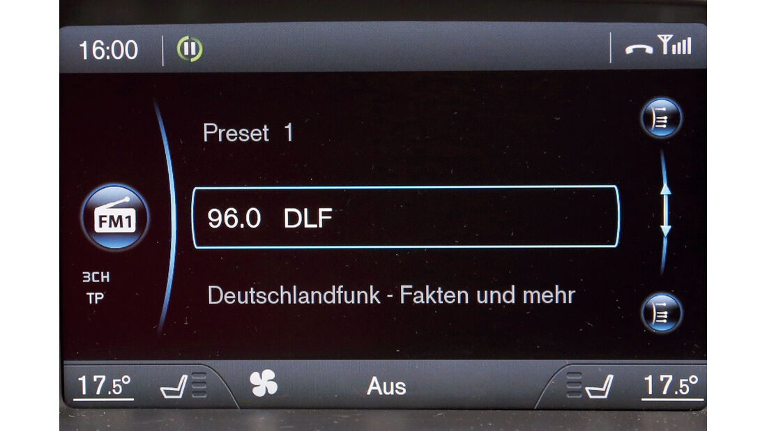 Volvo V40, Audio