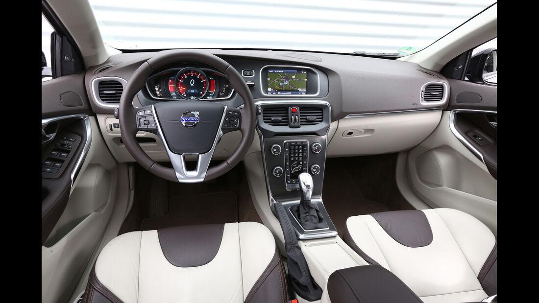 Volvo V40 Cross Country, Cockpit, Lenkrad