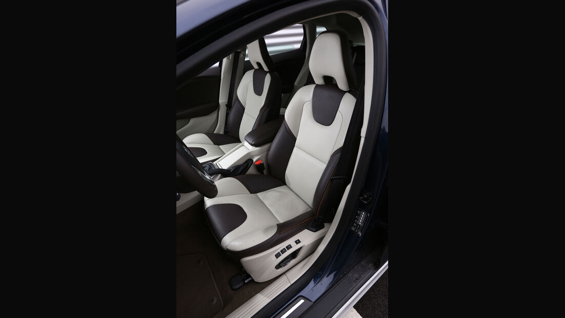 Volvo V40 Cross Country, Fahrersitz