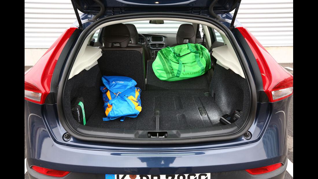 Volvo V40 Cross Country, Kofferraum