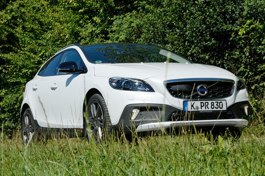 Volvo V40 Cross Country T4 AWD Summum, Frontansicht
