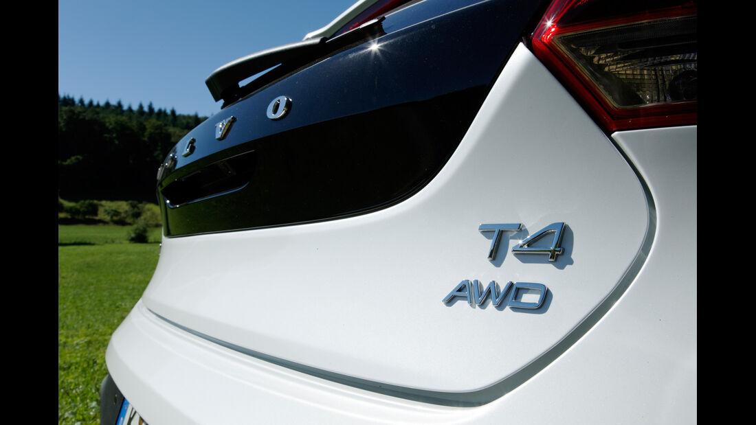 Volvo V40 Cross Country T4 AWD Summum, Typenbezeichnung