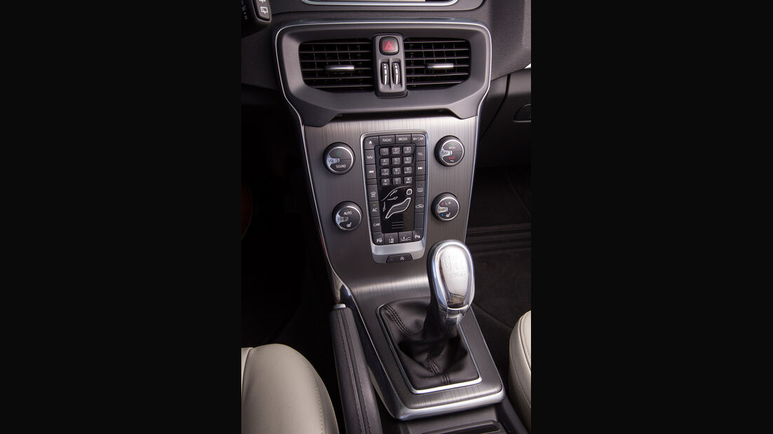 Volvo V40 D2, Mittelkonsole
