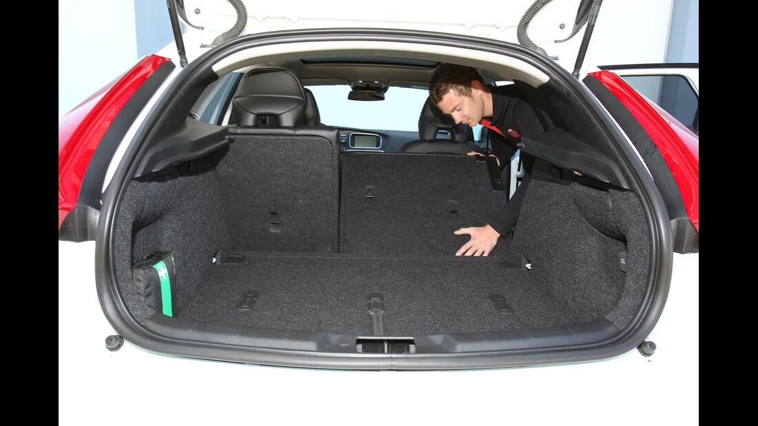 Volvo V40 D3, Ladefläche, Kofferraum