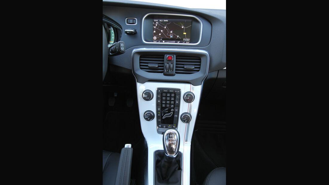 Volvo V40 D3, Mittelkonsole