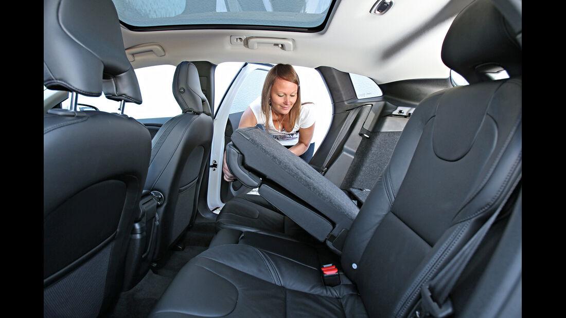 Volvo V40 D3, Rücksitz, Umklappen
