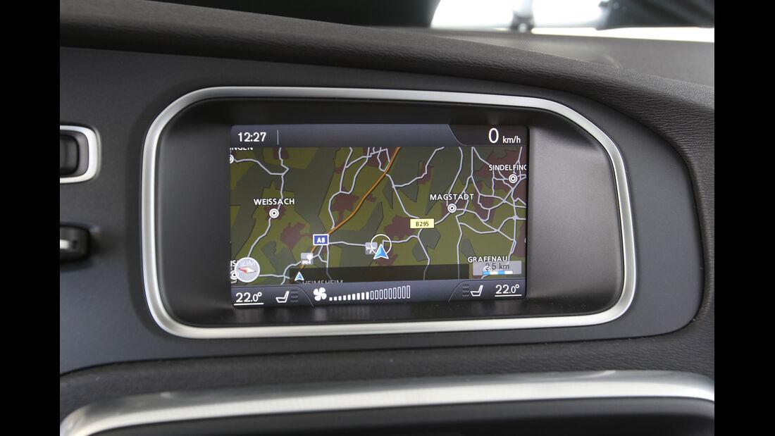 Volvo V40 D4 Summum, Bildschirm