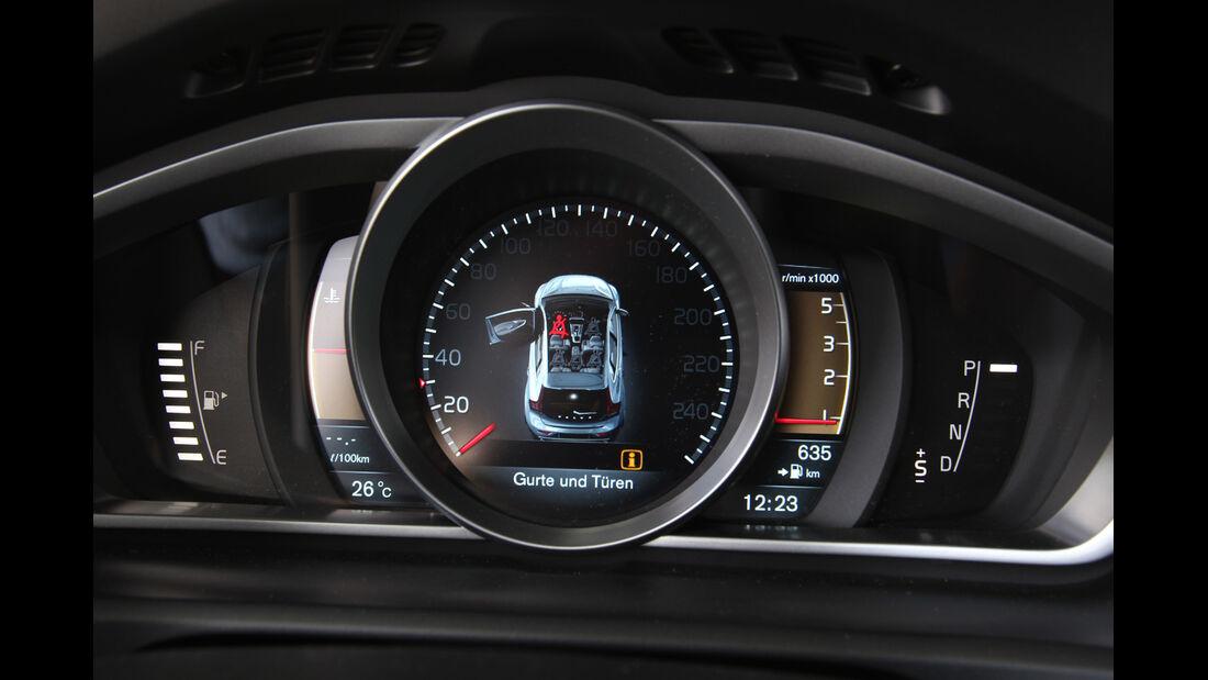 Volvo V40 D4 Summum, Rundelemente