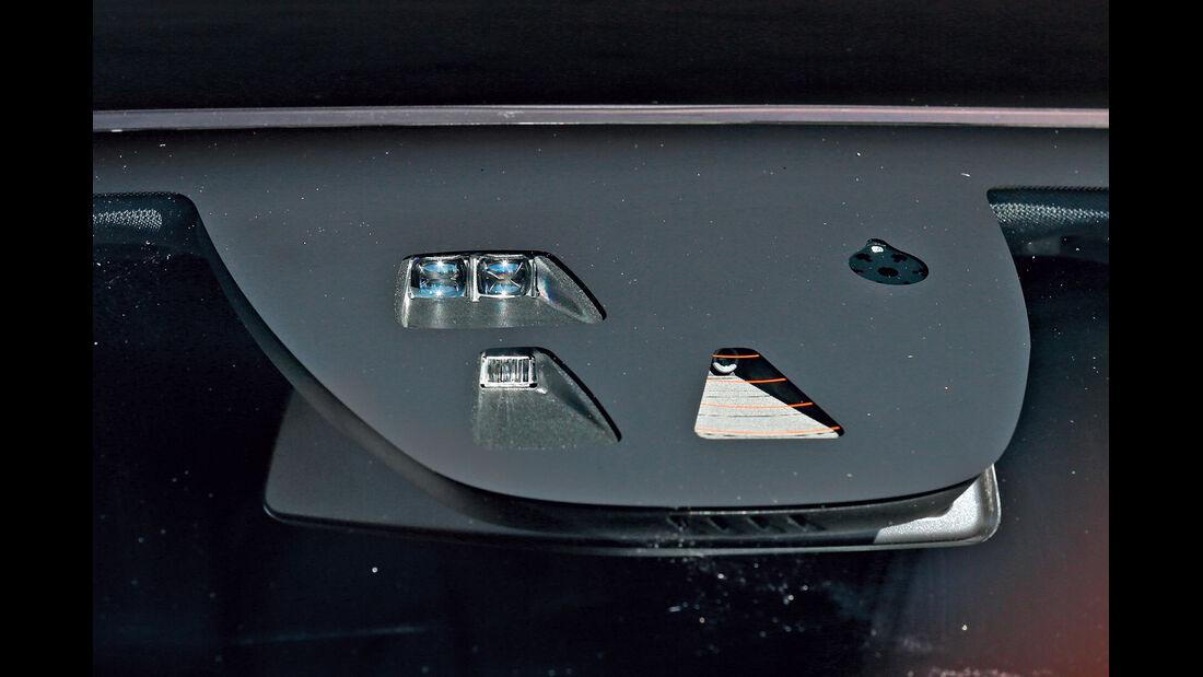 Volvo V40, Kamera