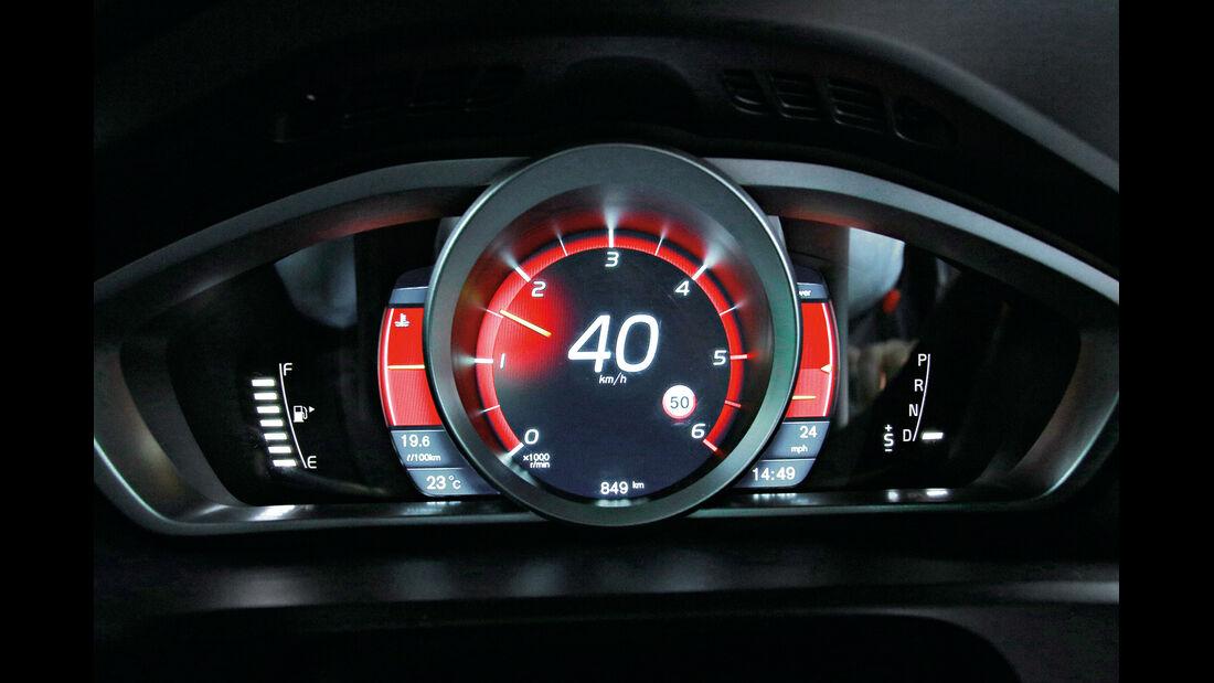 Volvo V40, Performance, Tacho