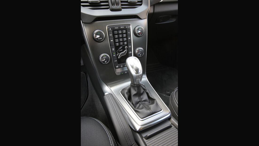 Volvo V40, Schalthebel, Gangschaltung