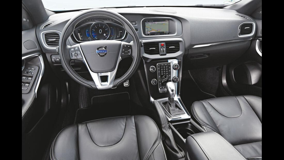 Volvo V40 T5 R-Design, Cockpit, Lenkrad