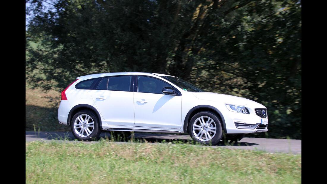 Volvo V60 Cross Country D4 AWD Momentum