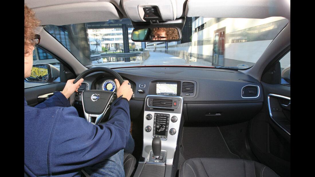Volvo V60 D3, Cockpit, Lenkrad