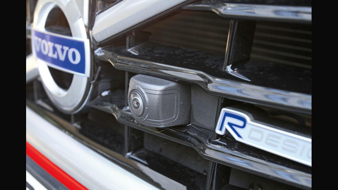 Volvo V60 D3, Kühlergrill, Kamera