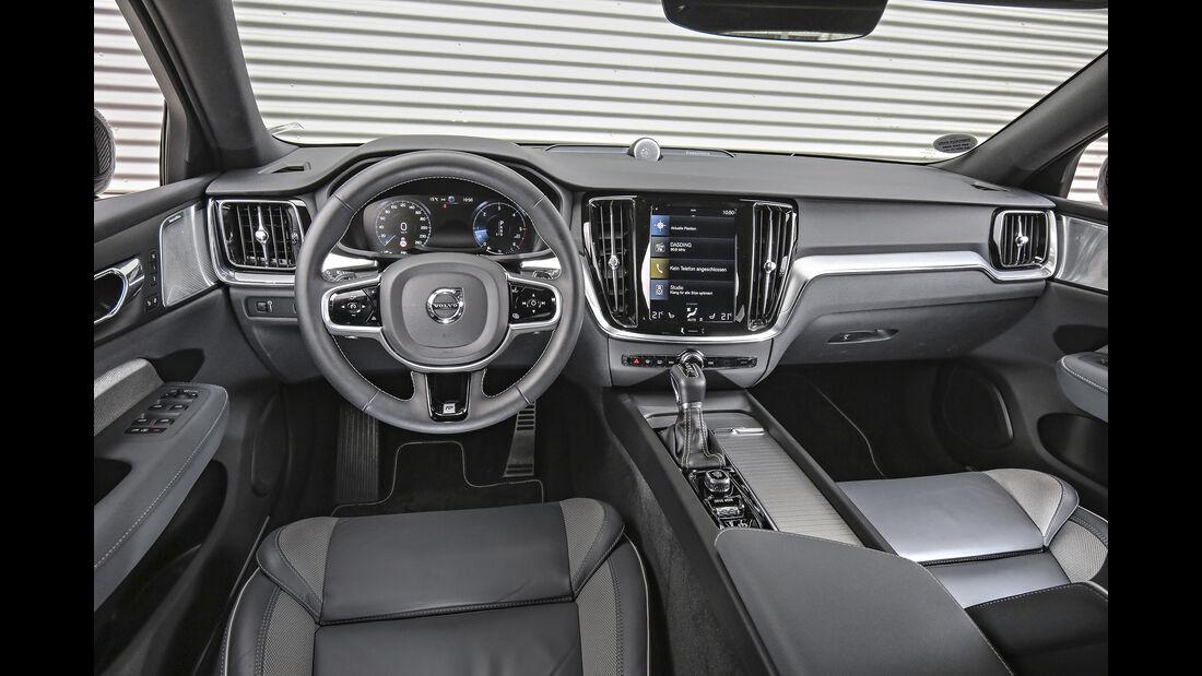 Volvo V60 D4 AWD, Interieur