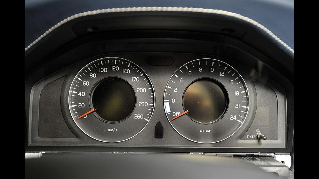 Volvo V60 Diesel-Plug-in-Hybrid, Tacho