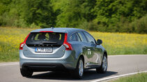 Volvo V60 Drive, Rückansicht, Heck, Kurvenfahrt
