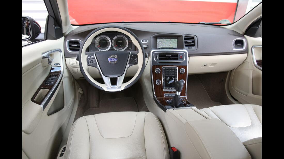 Volvo V60 Drive Summum, Cockpit, Lenkrad