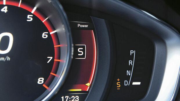 Volvo V60 Polestar, Anzeigeinstrumente