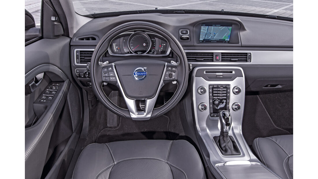 Volvo V70 D4, Cockpit