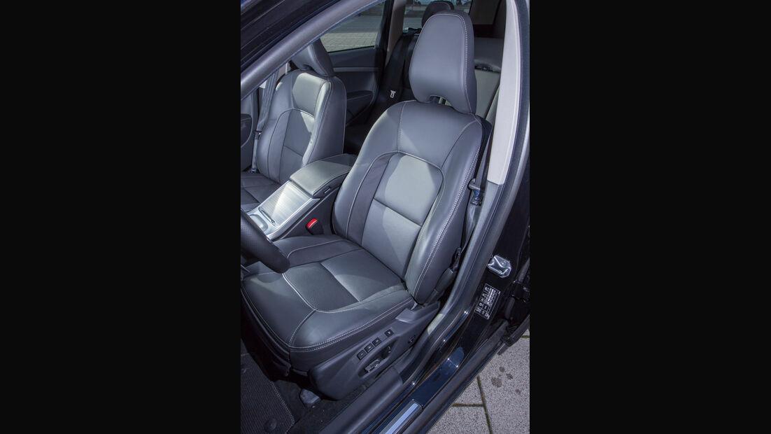 Volvo V70 D4, Sitze