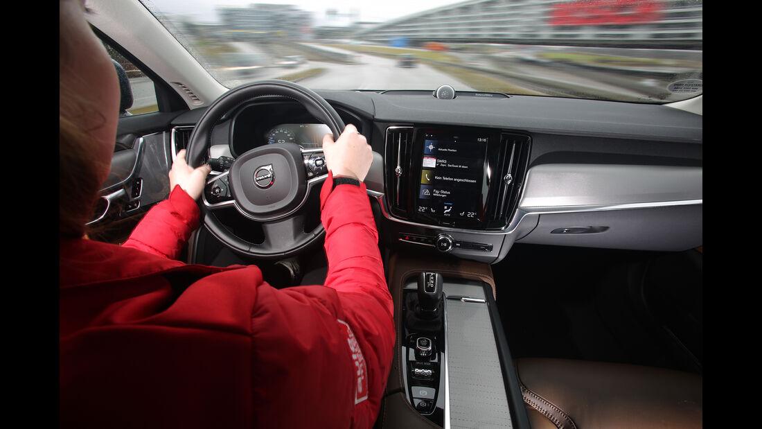 Volvo V90 Cross Country D4 AWD, Interieur