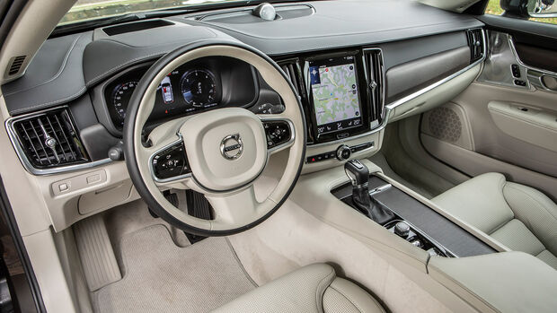 Volvo V90 Cross Country, Interieur