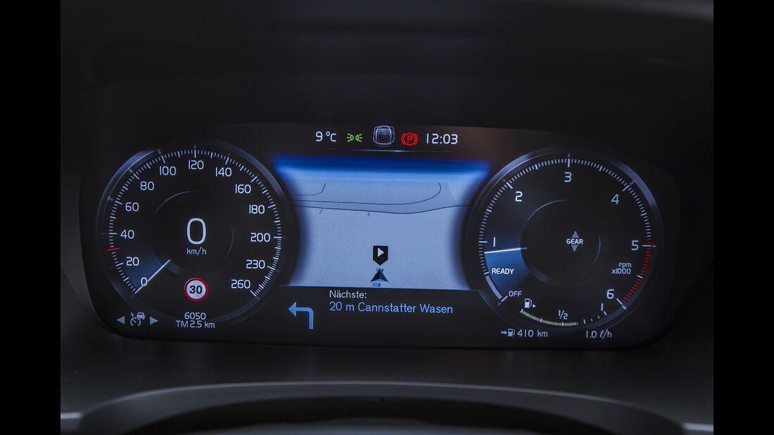 Volvo V90 D3 Cockpit