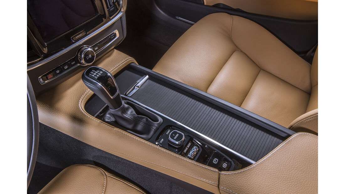 Volvo V90 D3 Details