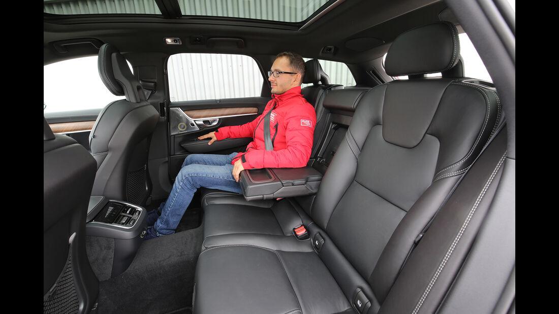 Volvo V90 D5 AWD Interieur hinten