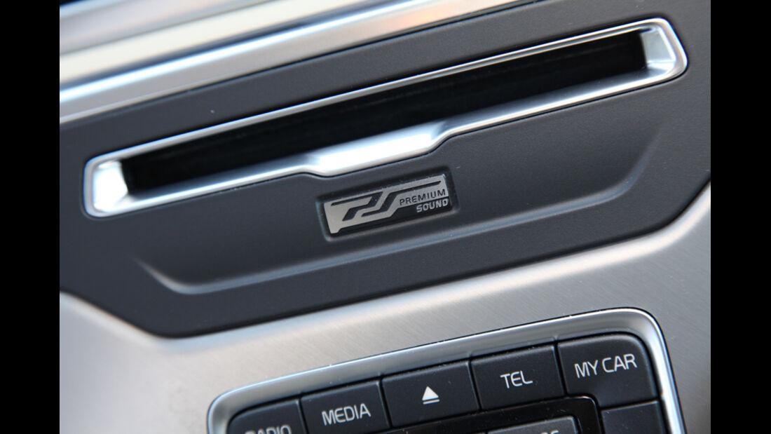Volvo XC 70 D3 AWD Summum, CD-Einschub