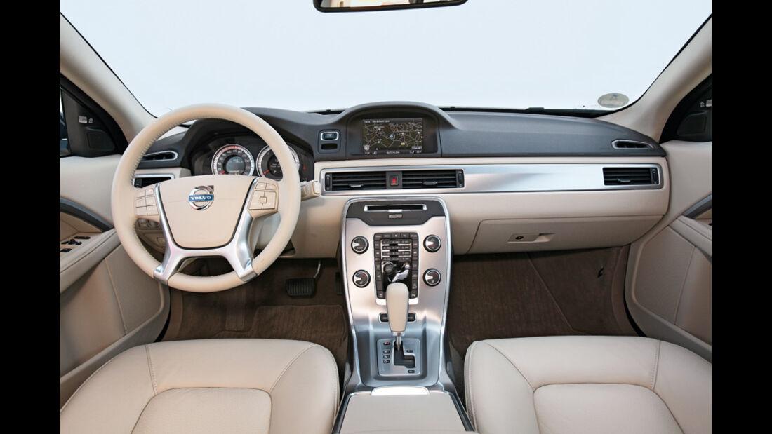 Volvo XC 70 D3 AWD Summum, Cockpit, Innenraum
