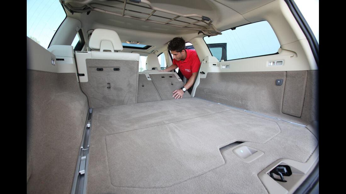 Volvo XC 70 D3 AWD Summum, Ladefläche, Sitz umklappen