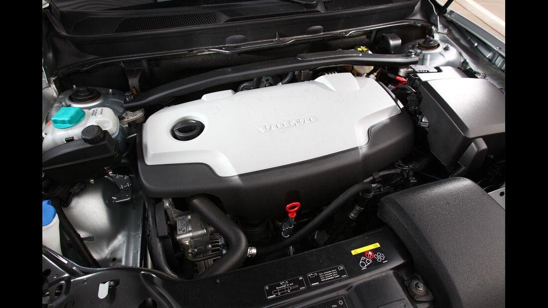 Volvo XC 90 D5 AWD Summum, Motor