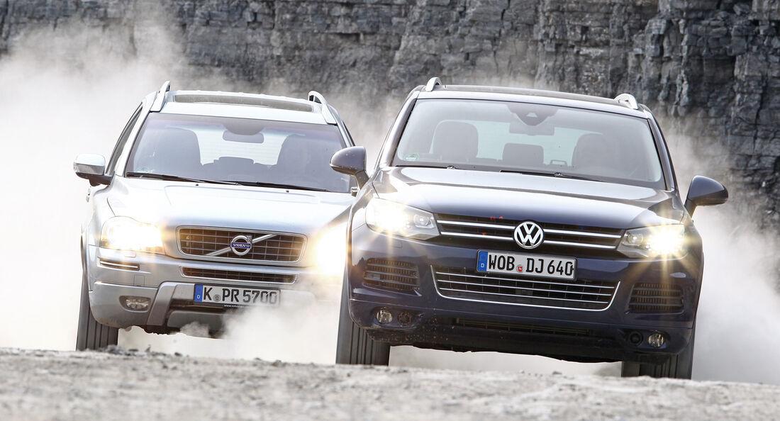 Volvo XC 90 D5 AWD Summum, VW Touareg V6 TDI Blue Motion, Frontansicht
