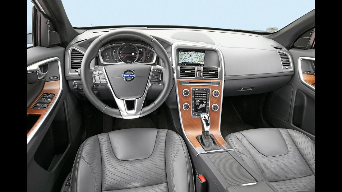 Volvo XC60, Cockpit